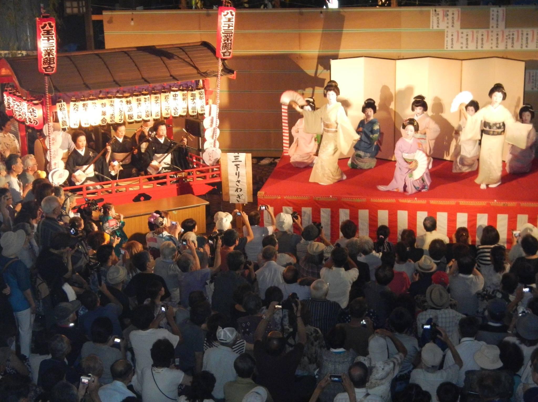 8月 宵宮の舞
